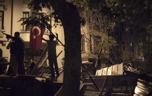 Fisheye Magazine | J. Rousselot couvre les manifestations à Istanbul