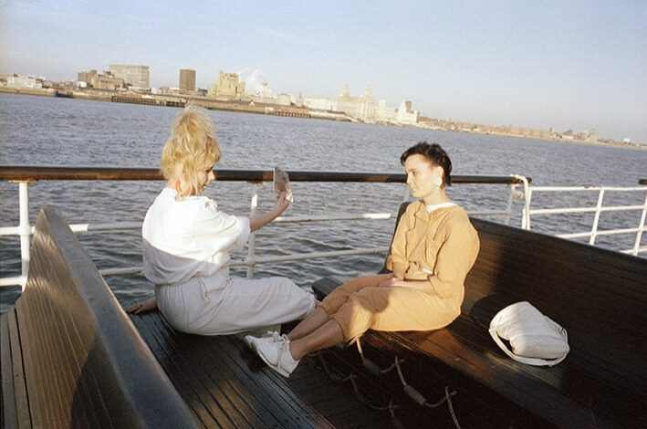 Mirror Mersey, 1989. © Tom Wood.