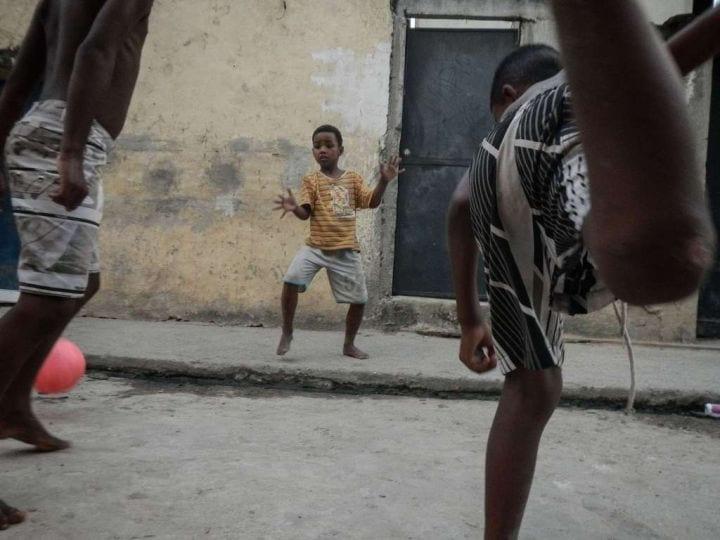 favela-foot-fisheye9