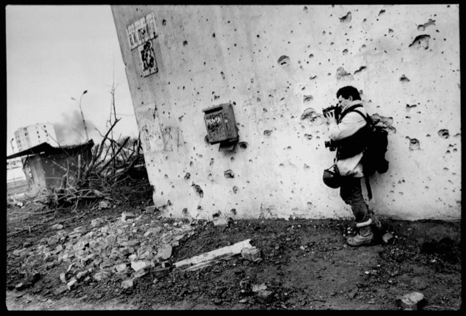 Patrick Chauvel à Grozny en 1996 © Heidi Bradner
