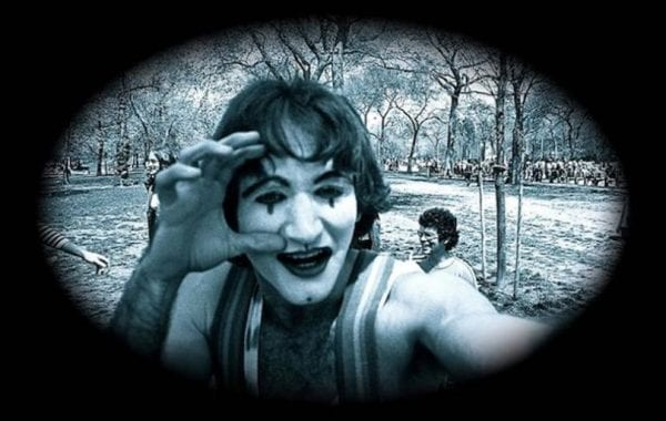 Fisheye Magazine | 35 ans après, il réalise qu'il a photographié Robin Williams