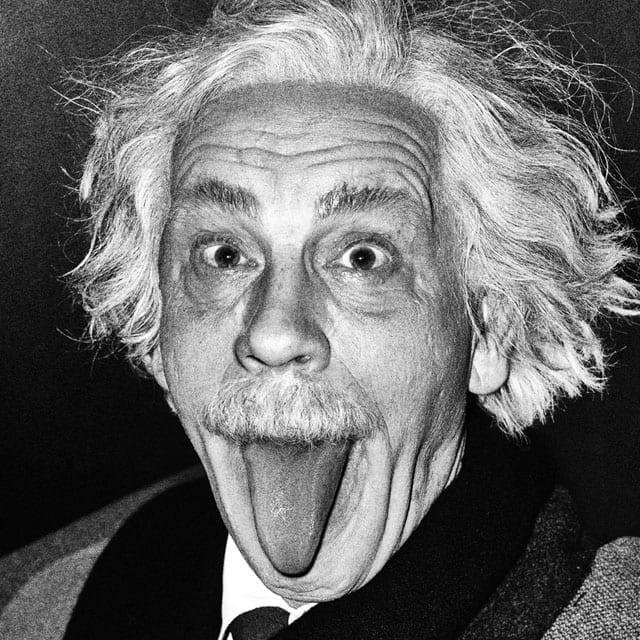 John Malkovich. Albert Einstein Sticking Out His Tongue, 2014. D'après la photo d'Arthur Sasse (1951).