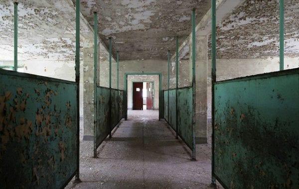 Fisheye Magazine | Les hôpitaux psychiatriques abandonnés dans le viseur de Jeremy Harris
