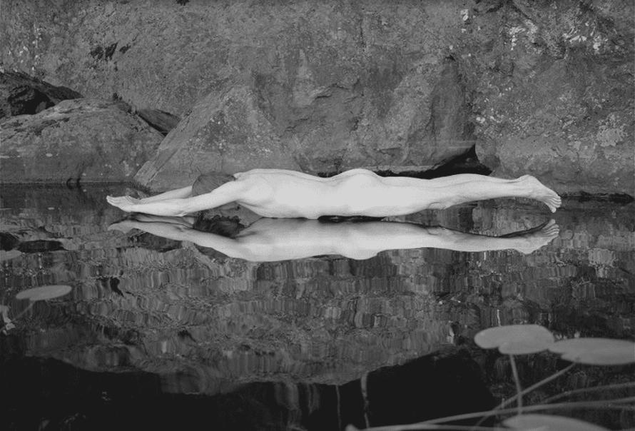 Arno Rafael Minkkinen, Piima?vuori, Finlande, 1996 © Arno Rafael Minkkinen