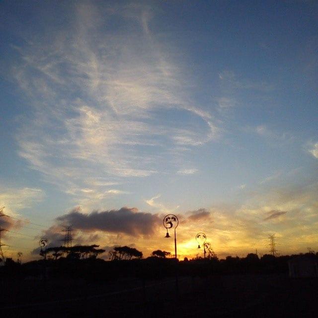 """""""Loopy sky"""" © Soulriser"""