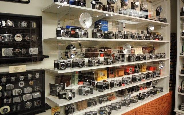 Fisheye Magazine | Un siècle d'appareils argentiques en vente sur eBay