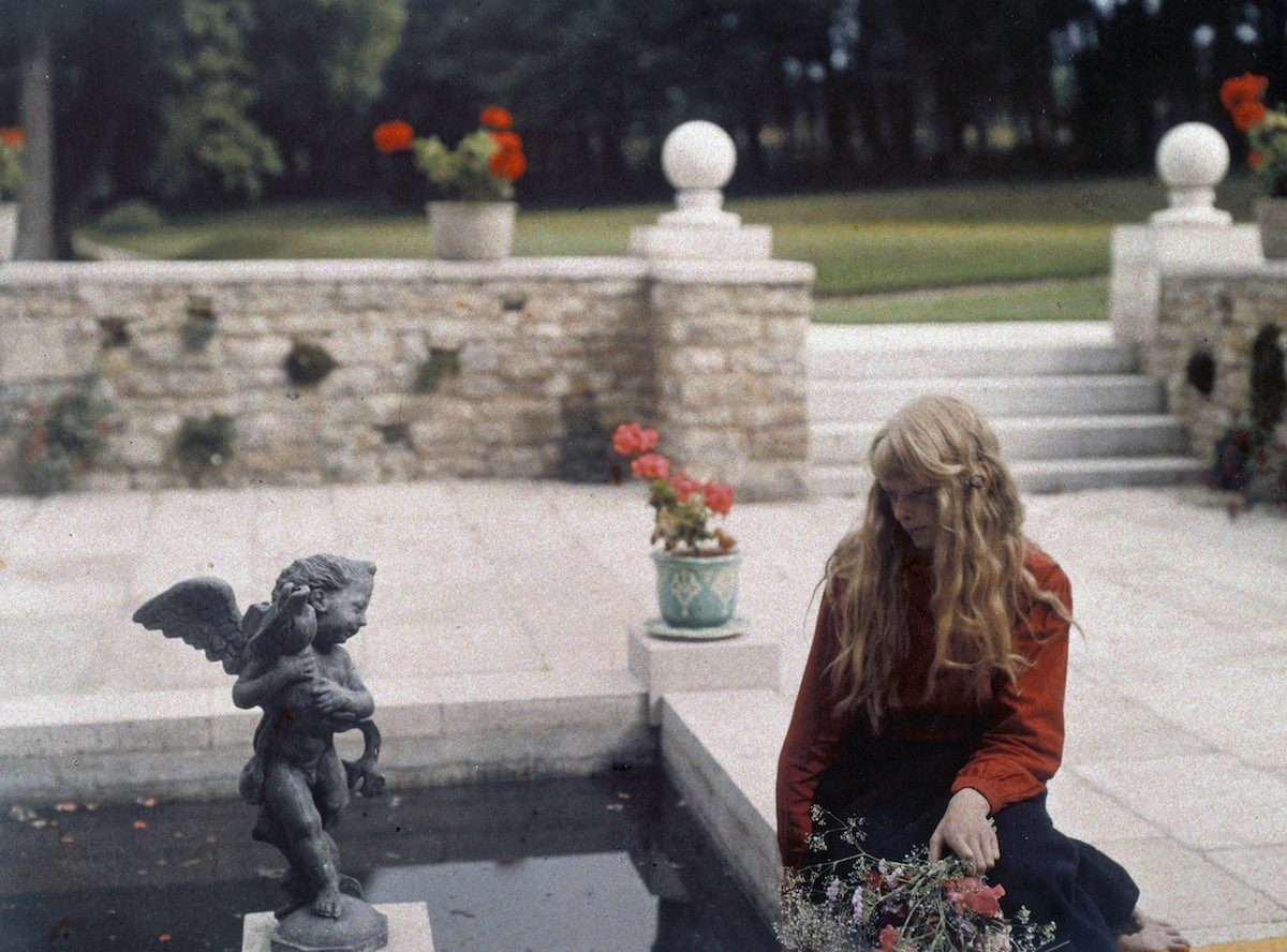 """""""Christina by the Pond"""", 1913 © Mervyn O'Gorman, from The Royal Photographic Society Collection at the National Media Museum"""