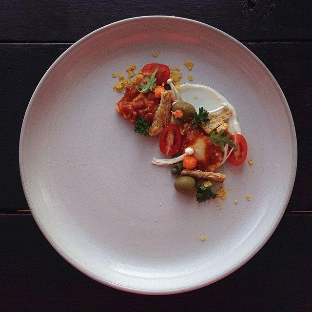 """CHEF BOYARDEE BEEF ""RAVIOLI, SHARDS OF TRISCUIT CRACKER AND A MIRACLE WHIP CREMA"" / © @chefjacqueslamerde / Instagram"