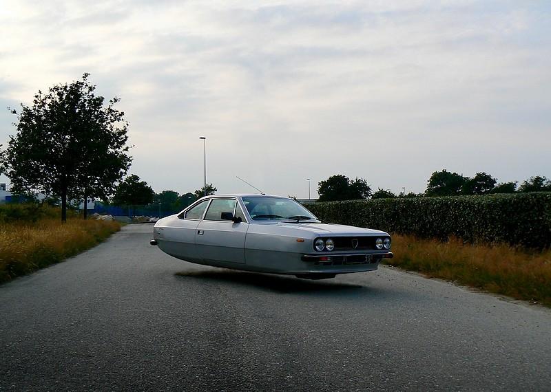 sylvain-viau-flying-cars-fisheyelemag-2