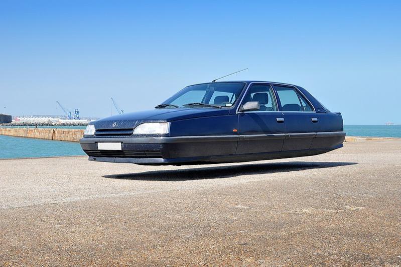 sylvain-viau-flying-cars-fisheyelemag-4