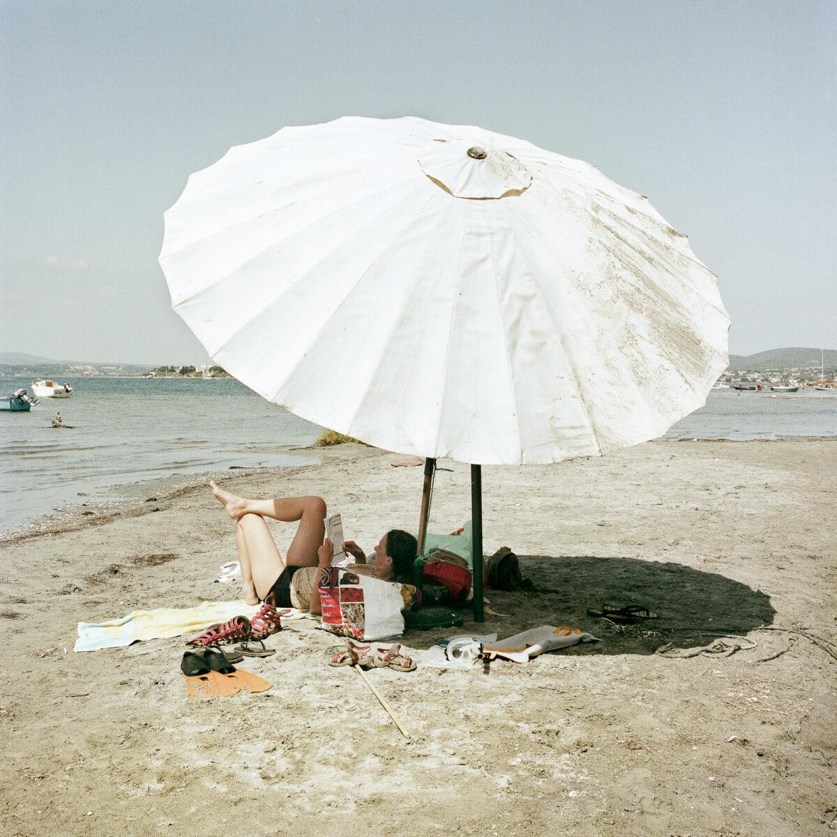 """Photo extraite de la série """"PS: Je t'écris de la plage des Mouettes"""" / © Sandra Mehl"""