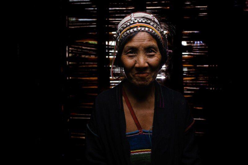 femme-laos-remi-chapeaublanc-6