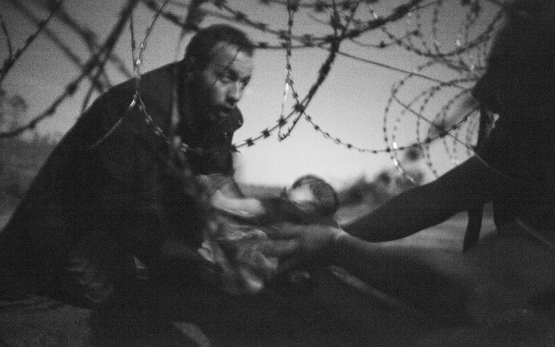Fisheye Magazine | Une photo sur la crise des réfugiés élue Photo de l'année 2015