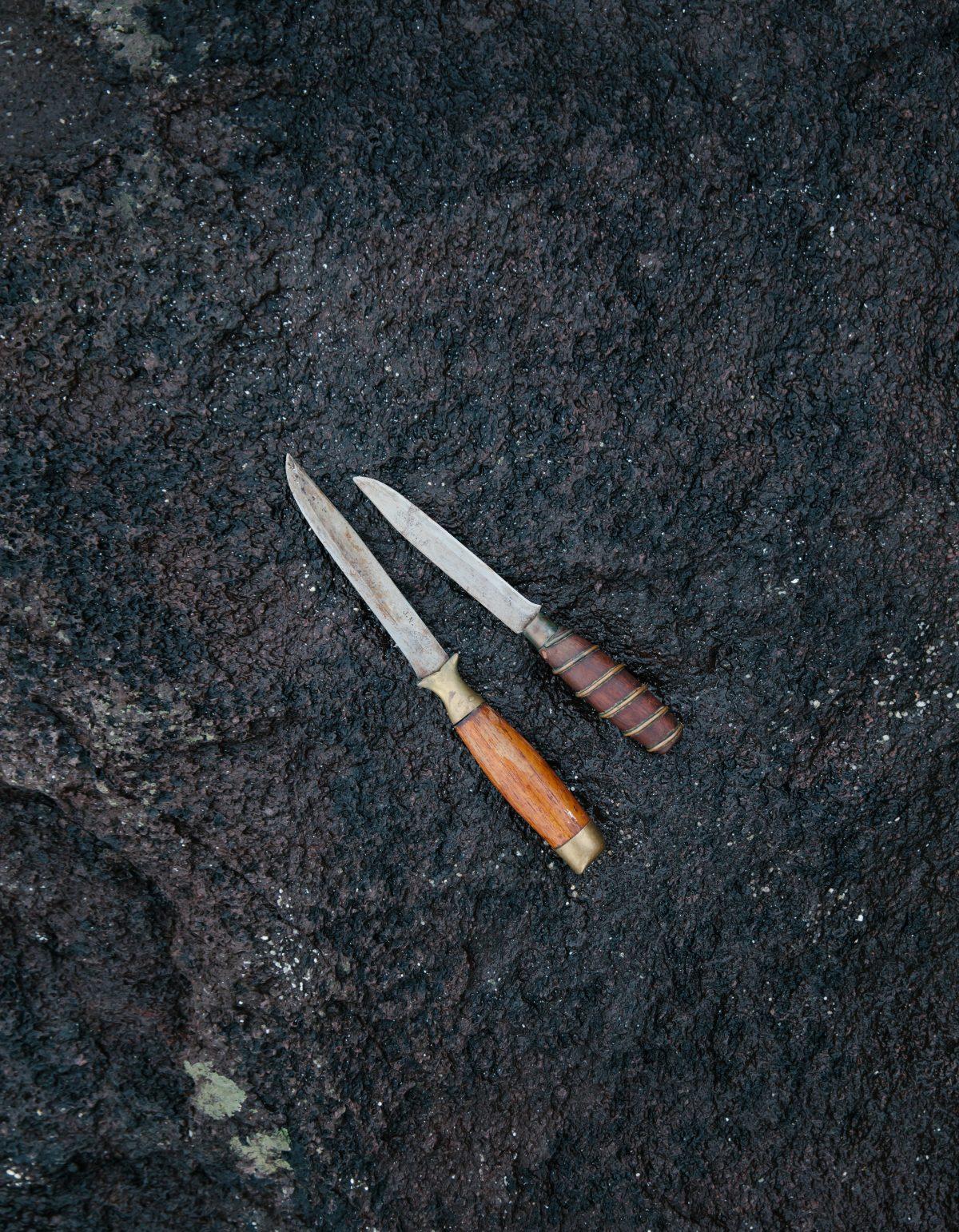 Couteaux féroïens utilisés pour la chasse à la baleine