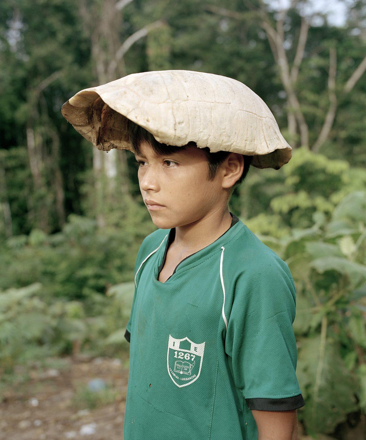 Gorra de Motelo (Turtle Cap), 2015. © Yann Gross