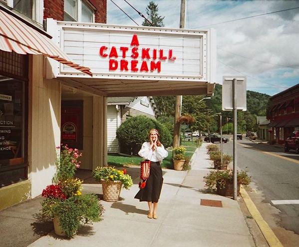 Emily Rose Theobald / Instagram