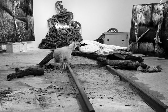 Photo de l'exposition « From Gao Bo to GB : The great Darkness », Pekin © Tokyo Galerie, Espace 798