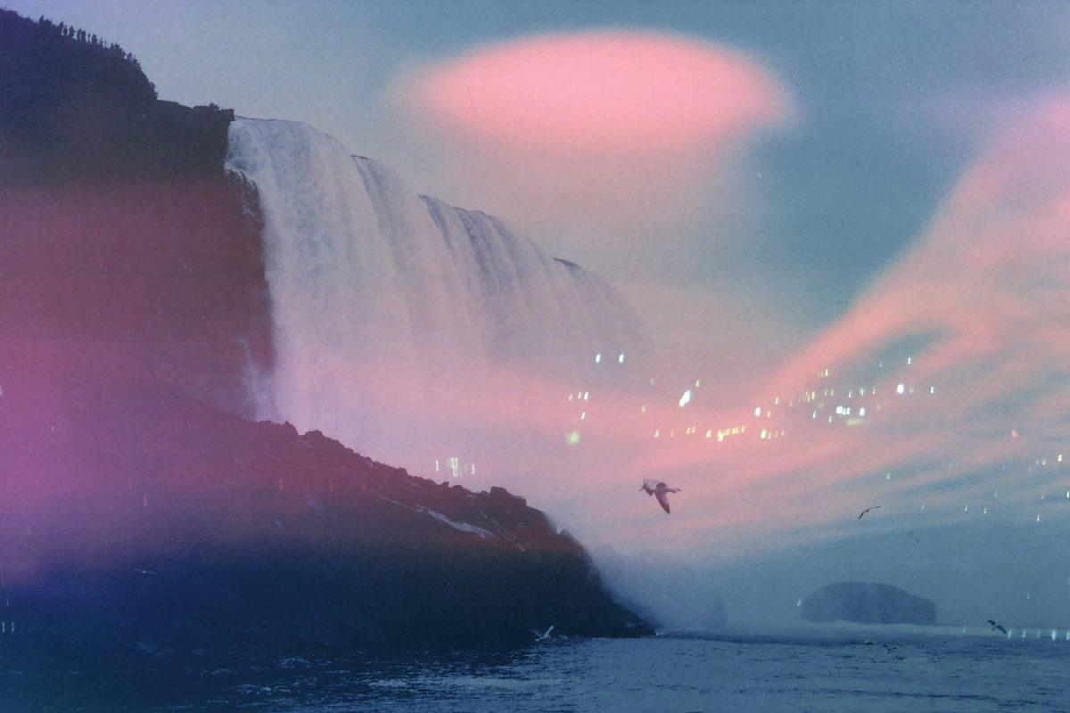 """Extrait de """"Les toiles célestes"""", © Maya Beano"""
