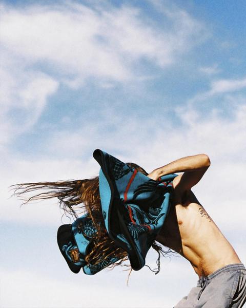 © Caroline Mackintosh / Instagram