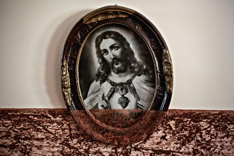 Jesus Lives © Balint Pörneczi / Signatures