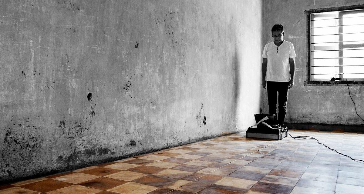 Séance de scan Tuol Sleng S21, Phnom Penh Cambodge 2016 ©LesNivaux