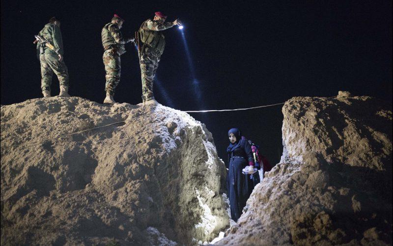 Civilian population escapes I.S controlled Mosul