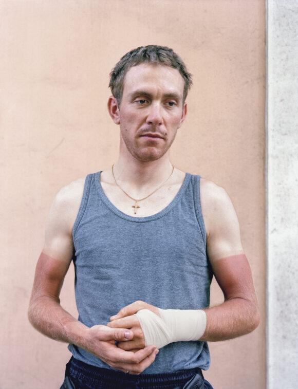 Le cycliste, série « Ce qui ont la foi », 2003 © Véronique Ellena