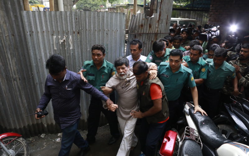 Shahidul Alam emmené au tribunal, 6 août 2018