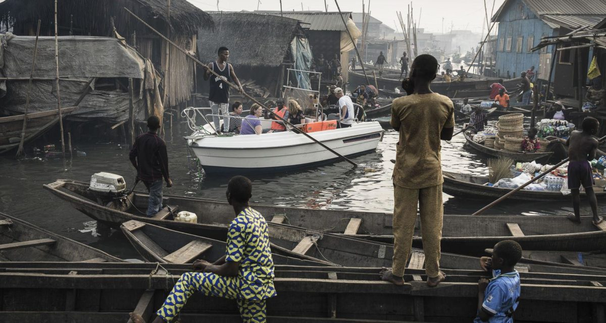 Lagos Waterfronts under Threat – © Jesco Denzel for laif