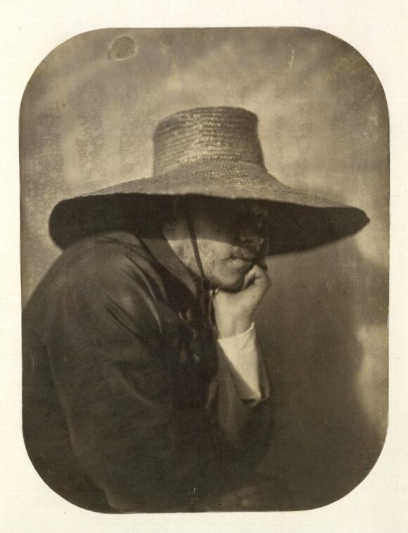 Adrien Tournachon, Autoportrait au chapeau de paille, vers 1854 BnF, département des Estampes et de la photographie