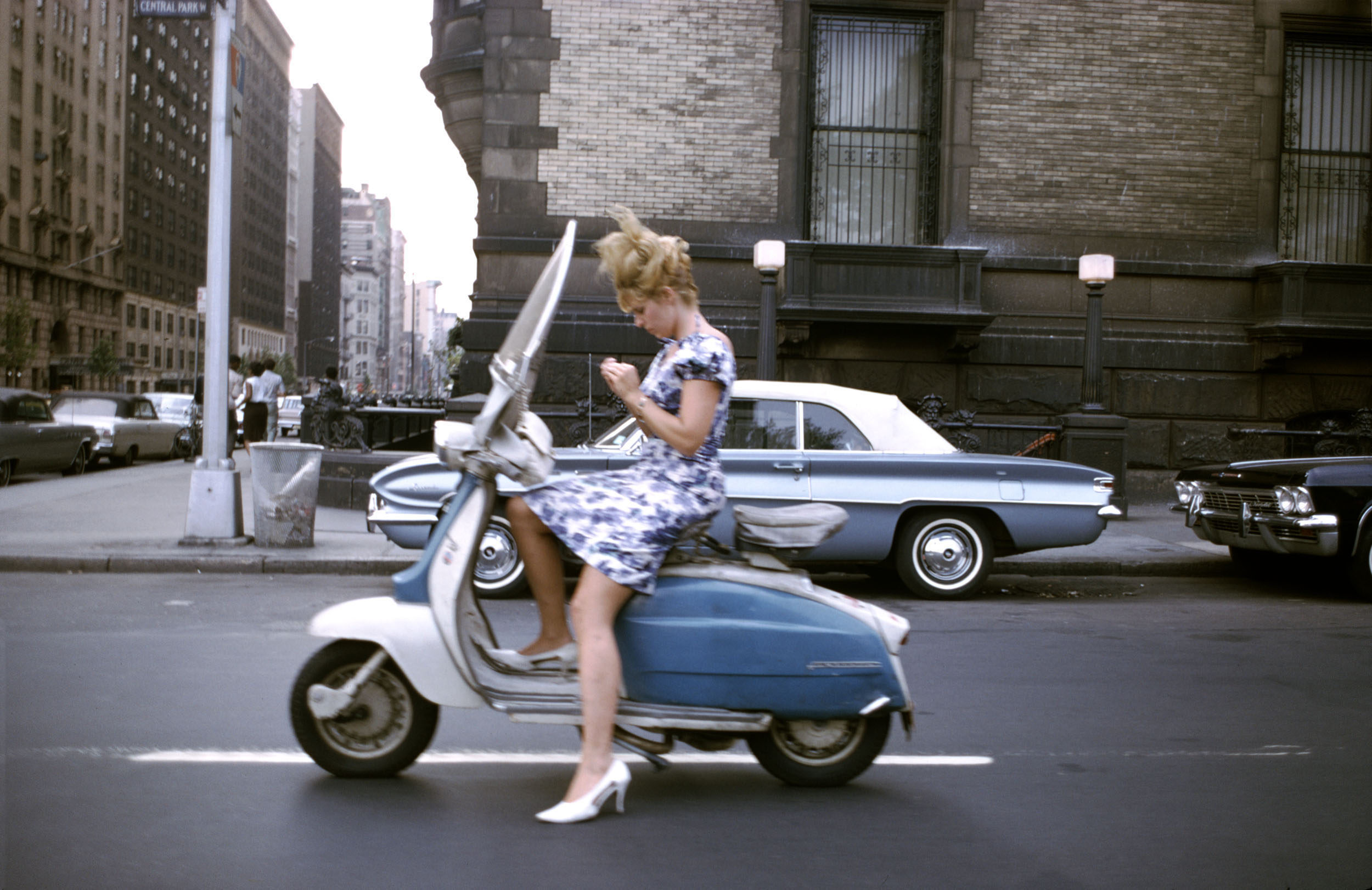Joel Meyerowitz - New York City, 1965.