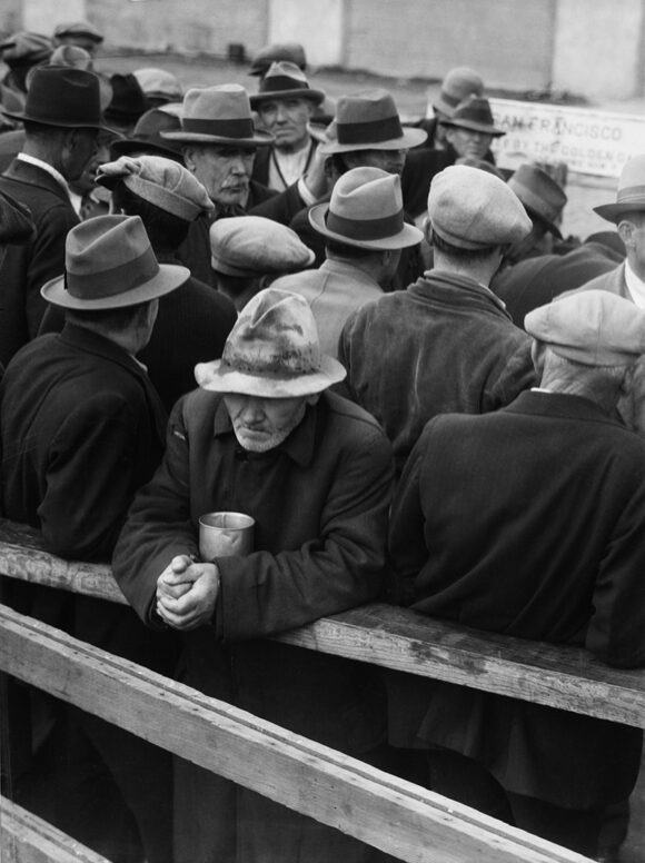 © The Dorothea Lange Collection, the Oakland Museum of California, City of Oakland. Gift of Paul S. Taylor