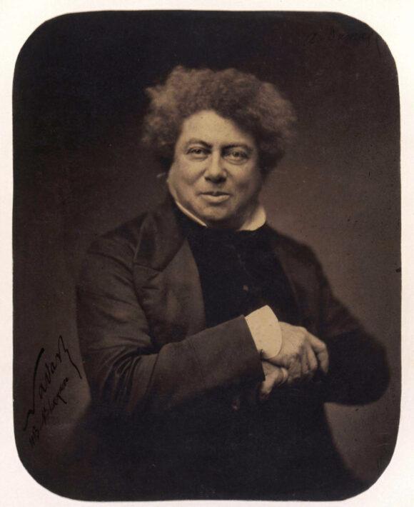 Félix Nadar, Alexandre Dumas, Épreuve sur papier salé vernie, d'après un négatif sur verre au collodion, 1855 BnF, département des Estampes et de la photographie