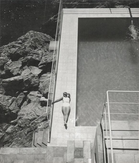 Jean Moral, Juliette au bord de la piscine, Villa de Reynaldo Luza, Formentor, Majorque, Baléares, 1933