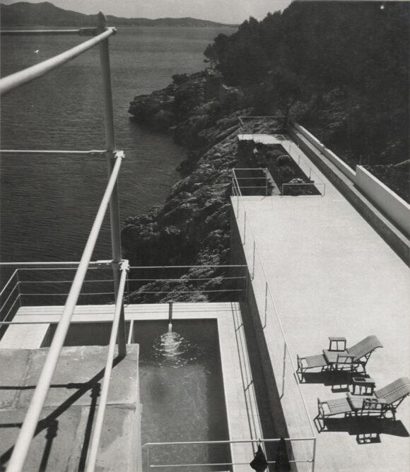 Jean Moral, Piscine et terrasse de la Villa de Reynaldo Luza, Formentor, Majorque, Baléares, 1933