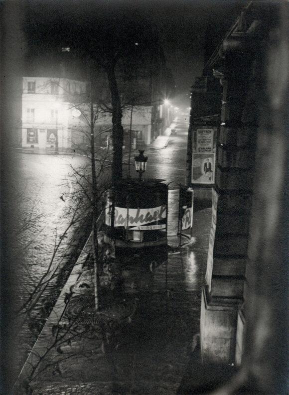 Nicolas N. Yantchevsky, Vespasienne, Paris, 1951