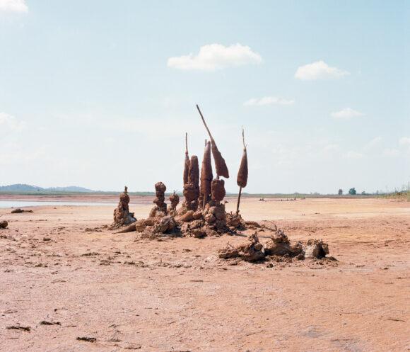 Les noirceurs du fleuve rouge © Coline Jourdan avec le soutien de la ville de Rouen / Bourse Impulsion 2019 / lauréate du concours Fisheye Festival Photo La Gacilly en 2020