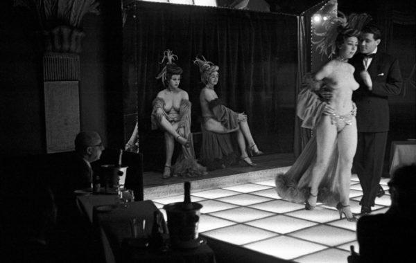 Le Sphynx, Paris, 1956 © Frank Horvat
