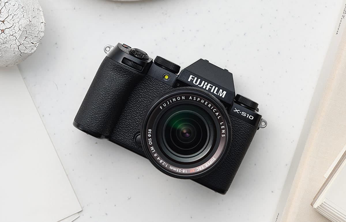 2 - Fujifilm X S10